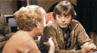 Hywel Bennett as Shelley