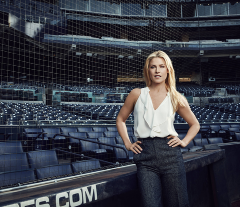 Ali Larter in Pitch