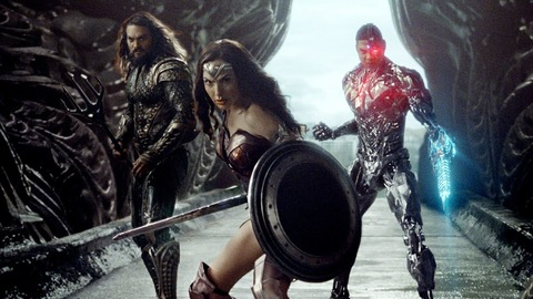 Justice League, with Wonder Woman, Aquaman and Cyborg